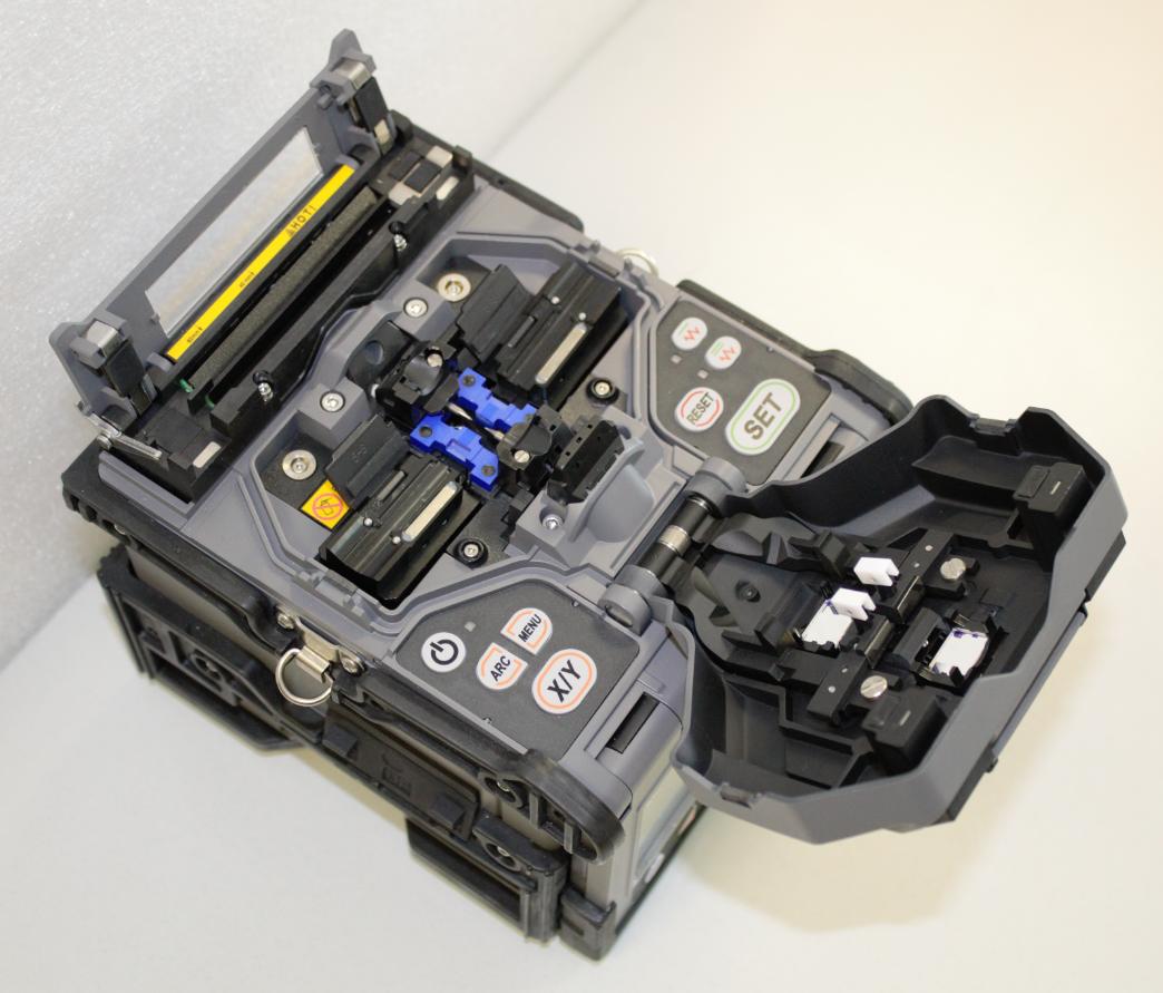 Автоматический ленточный сварочный аппарат ILSINTECH SWIFT KR7